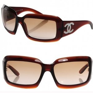 Chanel mother is pearl sunglasses brown